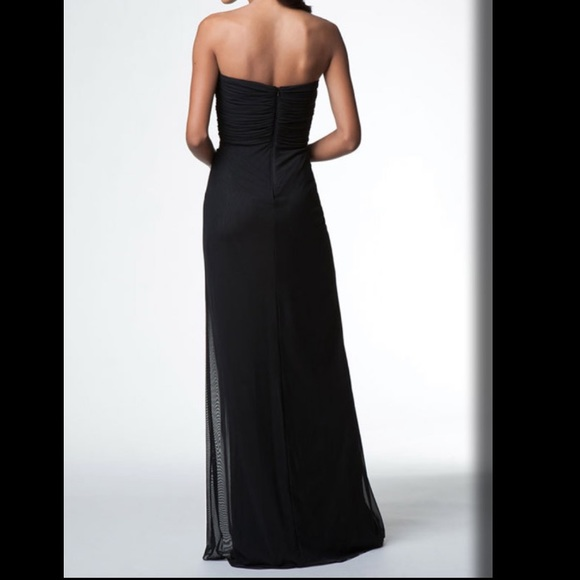 Tadashi Shoji Dresses & Skirts - Black Strapless Evening Dress